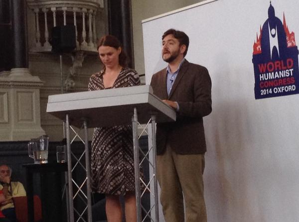Isabel Russo and Andrew Copson read the final text of the Oxford Declaration to World Humanist Congress 2014